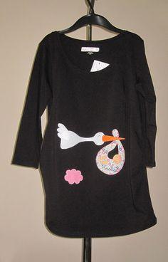 a617faa0c cocodrilova  la cigueña trae a noelia Camisetas De Cumpleaños