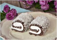 Çikolatalı Sultan Sarması – Amazing World Food and Recipes Delicious Cake Recipes, Yummy Cakes, Sweet Recipes, Snack Recipes, Dessert Recipes, Dessert Drinks, Fun Desserts, Turkish Sweets, Chocolate Wrapping