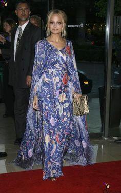 Nicole Richie goes oriental