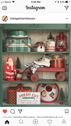 Deck the halls with these amazing Christmas decoration ideas. From Christmas tree decor to outdoor Christmas decorations, our holiday decorating inspiration will add festive flair to any home this season. Christmas Booth, Christmas Love, Outdoor Christmas, Winter Christmas, Natural Christmas, Primitive Christmas, Rustic Christmas, Christmas Vignette, Retro Christmas Decorations