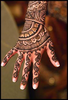 Henna~