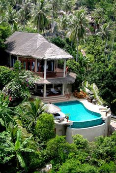 Beach House / Villa Koh Samui Thailand now I really want to go on holiday. The pool looks so inviting! Design Hotel, House Design, Beautiful Homes, Beautiful Places, Bali House, Koh Samui Thailand, Hotel Restaurant, Tropical Houses, House Goals