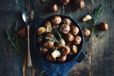 Patates grelots à l'ail rôti et au thym
