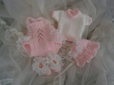 Hand Knit 10 inch Reborn Doll 4 pc Pink and White by GillKnits