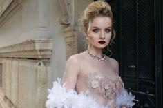 Lace Wedding, Wedding Dresses, Elsa, Disney Princess, Fashion, Bride Gowns, Wedding Gowns, Moda, La Mode