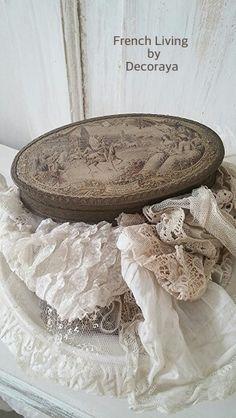 Old French box.. @Decoraya