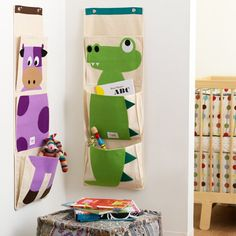 3 Sprouts Organic Hanging Wall Organizer Cow and Crocodile. Great for soft books, toys or as a diaper organizer. Sewing For Kids, Diy For Kids, Hanging Wall Organizer, Hanging Storage, Shoe Organizer, 3 Sprouts, Kids Homework, Homework Station, Homework Folders