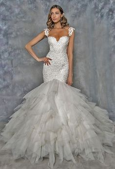 Eve Of Milady: Bridal Gown: Fit and Flare: Natural Waist Wedding Dresses Photos, Designer Wedding Dresses, Bridal Gown Styles, Bridal Gowns, Beautiful Wedding Gowns, Beautiful Dresses, Eve Of Milady, 2017 Bridal, Fit And Flare Wedding Dress