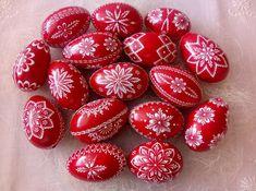 ručné práce | KRASLICE Easter Eggs, Wax, Knitting, Christmas, Crafts, Patterns, Log Projects, Pointillism, Candle Art
