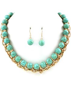 Gold Link Necklace in Turquoise