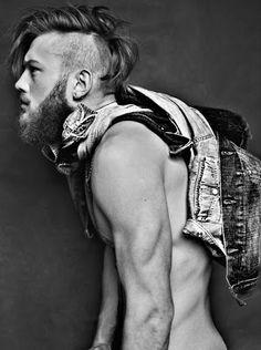 beard and undercut :)