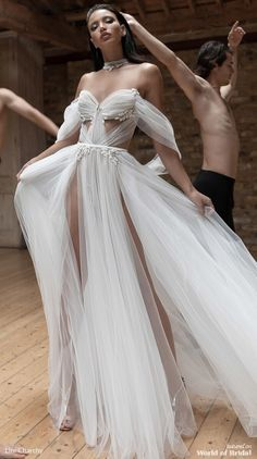 Lior Charchy 2019 Wedding Dresses – World of Bridal Robes de mariée Lior Charchy 2019 – World of Bridal Couture Dresses, Bridal Dresses, Prom Dresses, Formal Dresses, Couture Mode, Couture Fashion, Luxury Fashion, Designer Wedding Dresses, Wedding Gowns