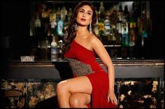Gorgeous Bollywood queen Kareena Kapoor in diamonds and a red dress; inspiration for what to wear with your Gemoro diamond jewellery. Kareena Kapoor Khan, Kareena Kapoor Bikini, Kareena Kapoor Photos, Bollywood Stars, Bollywood Dress, Bollywood Fashion, Bollywood Heroine, Indian Celebrities, Bollywood Celebrities