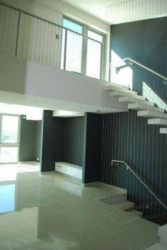 Townhouse at Moana www.christiesbeachprofessionals.com.au #realestate #realestatesouthaustralia #ModernHomes #Stairs