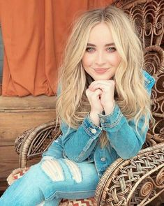 My baby has a collection at Aeropostale Sabrina Carpenter Outfits, My Ex Girlfriend, Girl Meets World, Brigitte Bardot, Woman Crush, Taylor Swift, Pretty People, Star Wars, Hairstyle