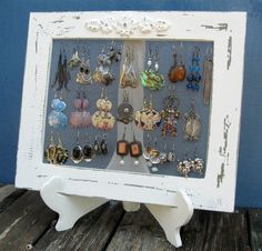 Creme Shabby Chic Schmuck Organizer, Ohrring Organizer, Schmuck Display / Shabby Chic Home Decor / S Jewellery Storage, Jewellery Display, Jewelry Organization, Jewellery Stand, Necklace Storage, Bracelet Storage, Shabby Chic Earrings, Shabby Chic Jewelry, Diy Earrings