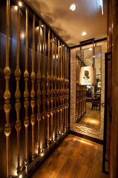 This wall screen is made of bones liked structure. Love the design of it Best Interior, Interior And Exterior, Interior Design, Partition Design, Boutique Interior, Wall Cladding, Hospitality Design, Wall Treatments, Restaurant Design