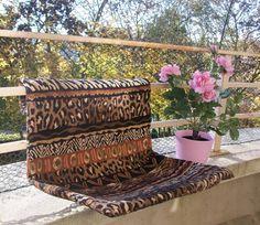 hamac pour chat sur pinterest mobilier de chat chat griffant le poteau et tours de chat. Black Bedroom Furniture Sets. Home Design Ideas