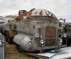 A train on wheels… ?¿?