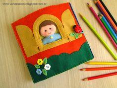 Olá!   Mais uma apostila de feltro saindo do forno! :)   Nesta apostila, eu ensino passo a passo a fazer esse livro infantil em feltro....