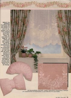 Large curtain with a wreath of roses