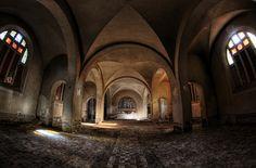 Sanatoruim des Moines by petit tiago, via Flickr