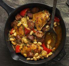 Španělské kuře s fazolemi z jedné pánve Foto: isifa.com Paella, Entrees, Favorite Recipes, Fresh, Meat, Chicken, Ethnic Recipes, Fitness, Bulgur