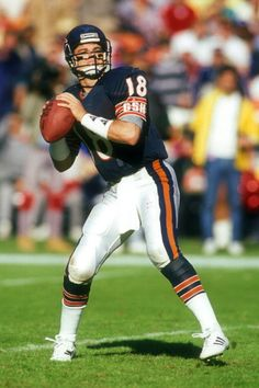 Mike Tomczak of the Chicago Bears 1989
