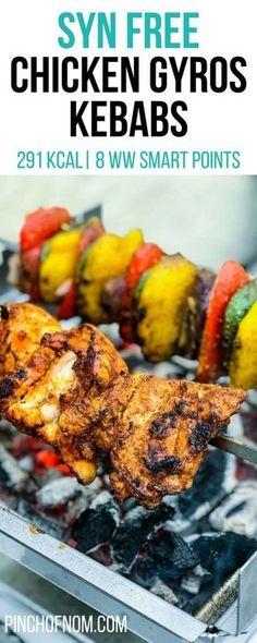 Chicken Gyros Kebabs – Pinch Of Nom Syn Free Chicken Gyros Kebabs Slimming World Dinners, Slimming Eats, Slimming World Recipes, 21 Day Fix, Chicken Gyros, Chicken Kebab, Weigt Watchers, Pinch Of Nom, Be Light
