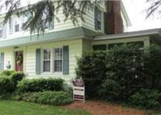 Avail Aug 15, $3300 211 New Castle Street, Rehoboth Beach, DE 19971 | Berkshire Hathaway HomeServices Gallo Realty