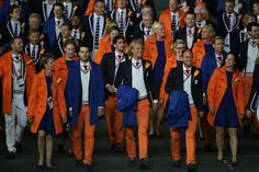Athletes from the Netherlands arriving at the stadium.