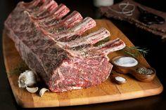http://www.lovefood.com/images/content/body/beef-rib-roast-raw-bones.jpg