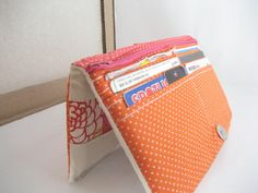 Patchwork-y Bifold Wallet Tutorial, finally! I'll have a wallet that holds everything I need!