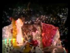 elvis presley aloha from hawaii full concert Elvis Presley Videos, Elvis Presley Music, Elvis Aloha From Hawaii, Country Bands, Full Show, King Of Hearts, Great Videos, My Music, Rock And Roll