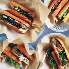 Bonavista's favorite sandwich places in Barcelona:  1.Bo de B  2.Bar Fidel  3.Carrot Café 4.Panino Silvestre  5.Sandwich & Friends #sandwich #best #barcelona #top5 #bonavista #favorite #food