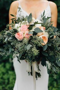 Seeded eucalyptus and peach rose bouquet Peach Flowers, Bridal Flowers, Peach Rose, Amelia Sposa Wedding Dress, Chic Vintage Brides, Fairytale Weddings, Fall Wedding Bouquets, Industrial Wedding, Modern Industrial