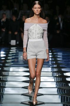 Balenciaga printemps-été 2015 #mode #fashion