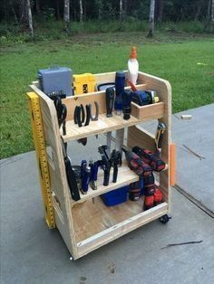 Woodworking cart with common tools. On casters to move around as I work on projects. #WoodworkingTools #woodworkingbench #WoodworkPlans