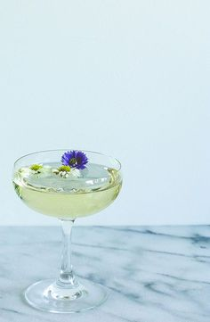 St. Germain Champagne Fizz - Cosmopolitan.com