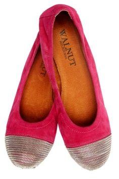 Fuchsia shoes with metallic trim