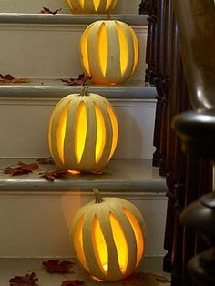 Create jack o lanterns to light up steps during the Halloween season. Halloween Pumpkins, Halloween Crafts, Halloween Decorations, Halloween Ideas, Pumpkin Decorations, Halloween 2014, Pumpkin Art, Best Pumpkin, Pumpkin Ideas