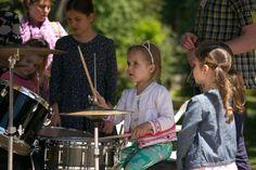 """Территория """"Почувствуй ритм!"""" Игра на ударных инструментах."""