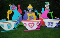 Giant 6 ft tall teapot props available to rent from WONDERLAND PARTY PROPS. wonderlandpartyprops@yahoo.com (  661 250-8164  )