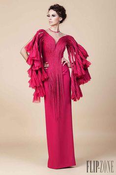 The Impressively Imaginative Couture of Designer Jean Louis Sabaji Style Couture, Couture Fashion, Runway Fashion, Fashion Show, Gareth Pugh, Diane Von Furstenberg, Lela Rose, Betsey Johnson, Mode Rose