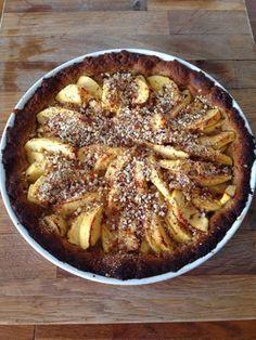 Patrícia is cooking.: Tarte de maçã e amêndoa {Vegan, integral, sem açúcar}