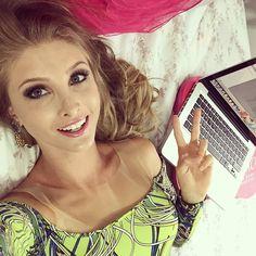 Vanessa Wonsovicz @vanessawz Eba! Videos grava...Instagram photo | Websta (Webstagram)