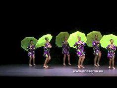 YouTube Green Song, Christmas Dance, Plays, Youtube, Songs, Buen Dia, School, Theater, Dancing In The Rain