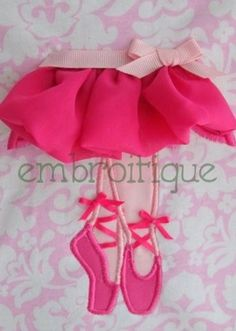 ITH Shabby Sweet Ballerina Feet  ruched tutu  -  Easy to follow PDF instructions Embroidery Design