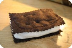 Playing with your food!: Ice cream sandwich... And how I did it!