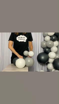Birthday Balloon Decorations, Diy Wedding Decorations, Birthday Balloons, Balloon Columns, Balloon Arch Diy, Baloon Garland, Deco Ballon, Balloon Gift, Balloon Bouquet